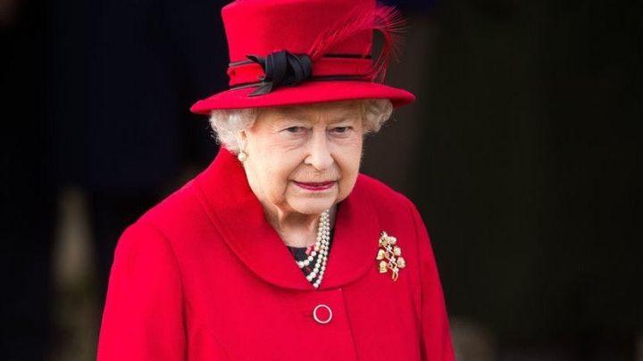 """La realeza británica, enojada con """"The Crown"""" por tratar de infiel a la reina Isabel"""