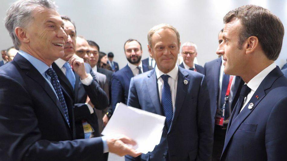 Macri junto a Macron. El propio Presidente lanzó en las redes esta imagen con sus palabras.