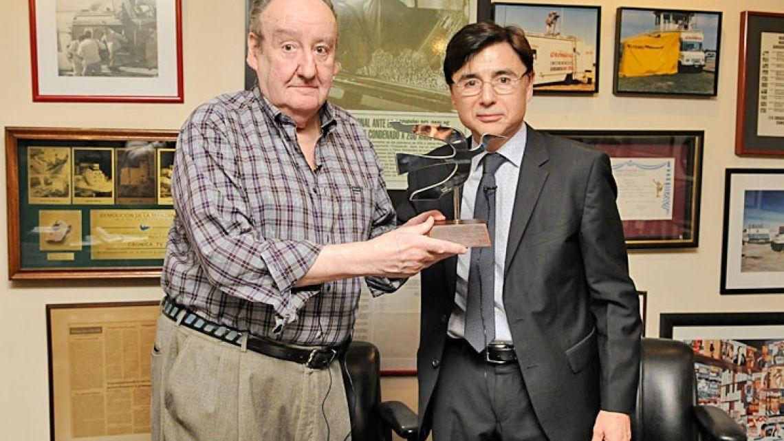 Héctor Ricardo García junto a Jorge Fontevecchia