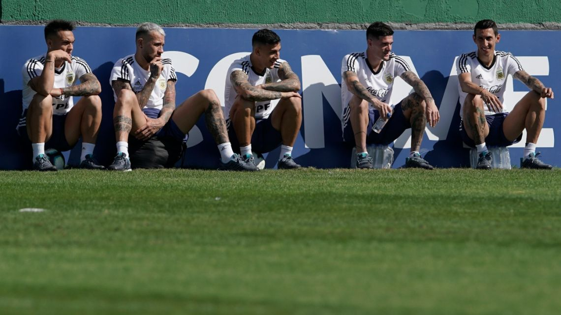Argentina's football players relax during a practice session in Rio de Janeiro, Brazil, Saturday, June 29, 2019.