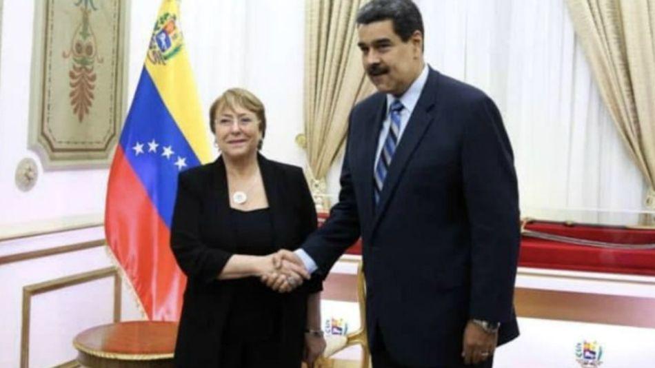 Bachelet, cuando se reunió con Maduro en Miraflores.