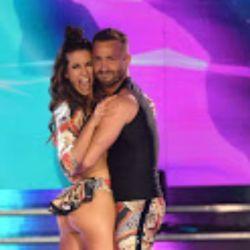 Cinthia Fernández debutó en la pista del Bailando con una fuerte polémica con Luciana Salazar