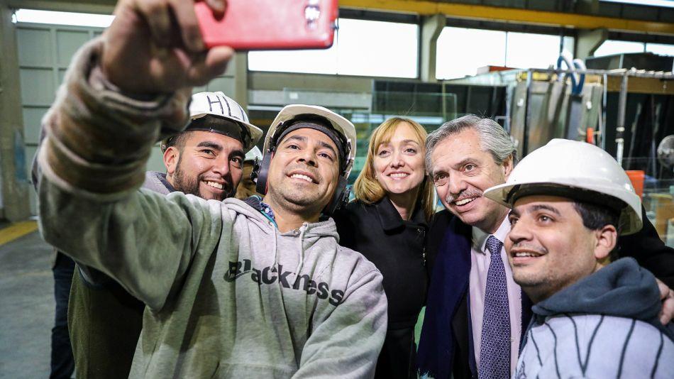 Alberto Fernández, y la senadora nacional y precandidata a gobernadora mendocina, Anabel Fernández Sagasti, en Mendoza.