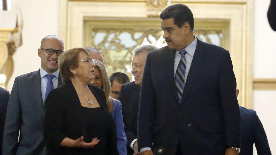 Michelle Bachelet visitó a Nicolás Maduro recientemente.