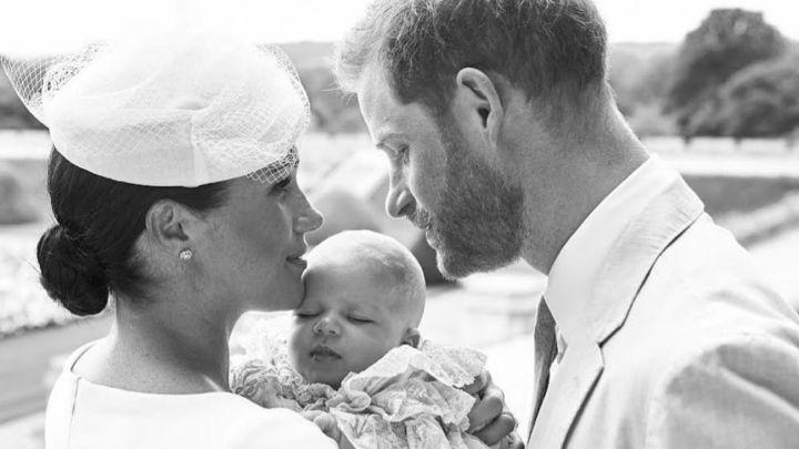 Meghan Markle y el Príncipe Harry piensan adoptar a un bebé africano