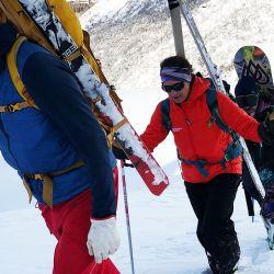 Con Patagonia Powder vas a poder bajar líneas únicas que nadie antes pisó, acompañado por el mejor equipamiento.