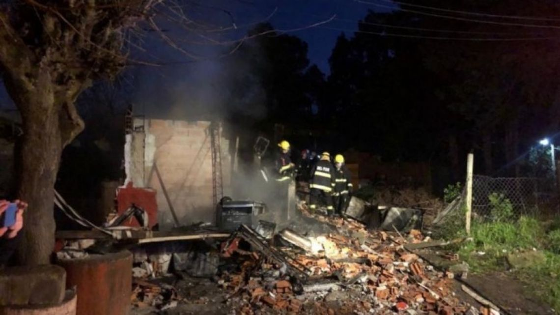 Five dead in Pilar fire tragedy