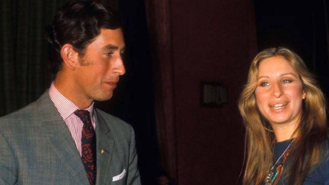 Barbra Streisand habló sobre su romance con el príncipe Carlos
