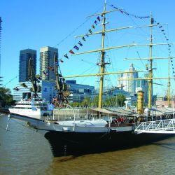 La Corbeta Uruguay, es un museo anclado en pleno Puerto Madero ideal para visitar con los chicos.