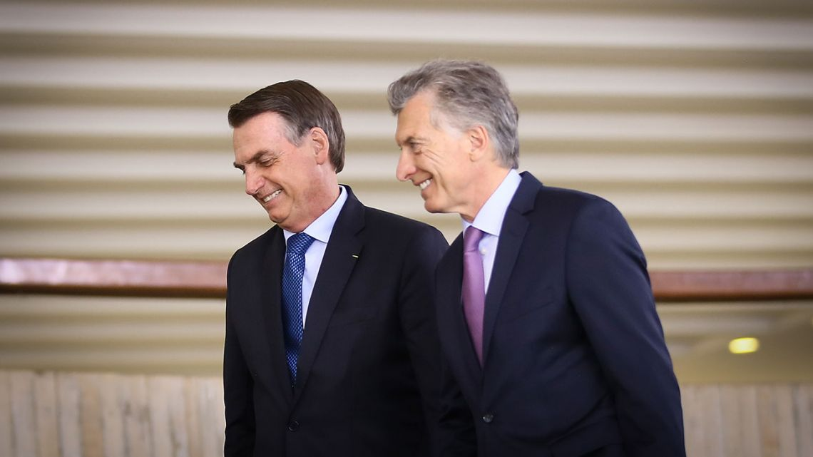 Brazilian leader Jair Bolsonaro (left) and President Mauricio Macri.