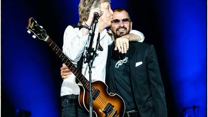 Paul McCartney y Ringo Starr se reunieron en un emotivo show