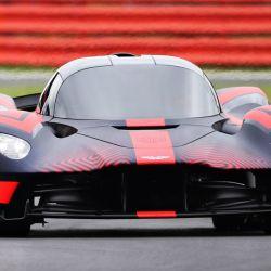 El Aston Martin Valkyrie tuvo su debut dinámico público en la previa del GP de Gran Bretaña de F1.