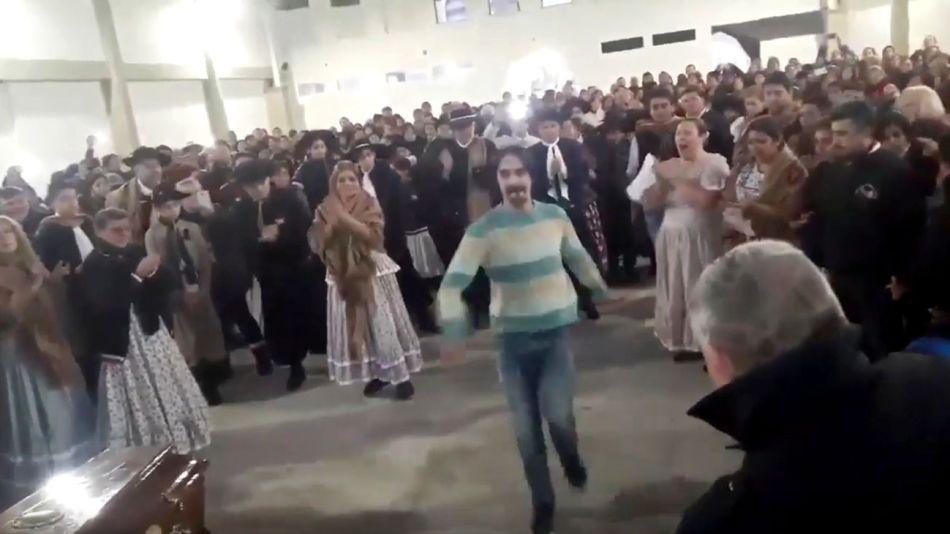 profesor bailando 20190716