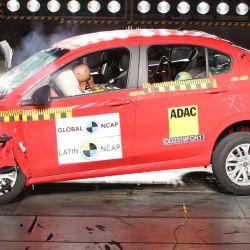El Fiat Cronos en la prueba de impacto frontal de Latin NCAP.