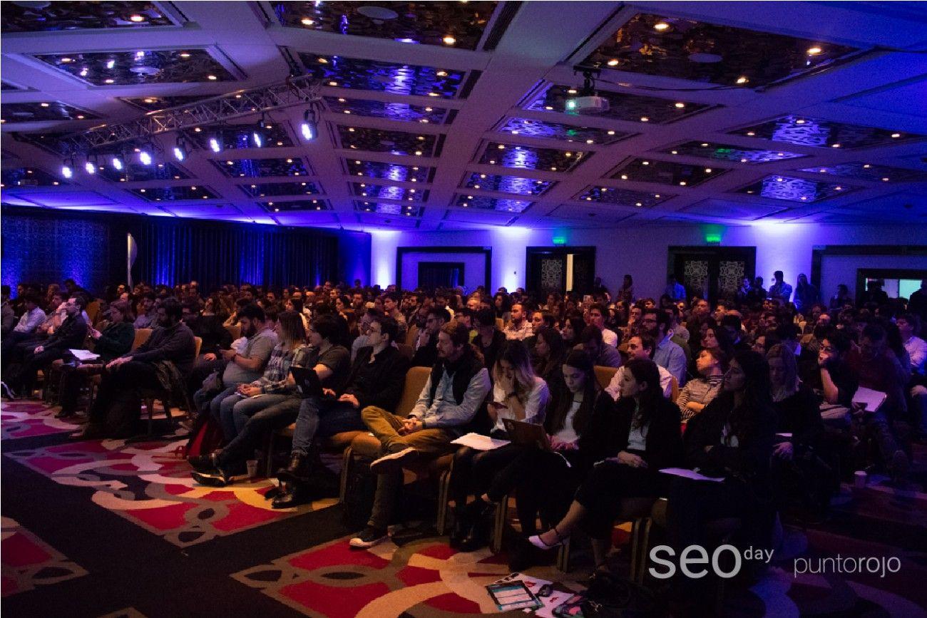 Cuando hablamos de SEO nos referimos a la optimización de sitios web para posicionarnos dentro de los primeros resultados en buscadores como Google. Al tipo de tráfico que genera, se lo denomina tráfico orgánico.