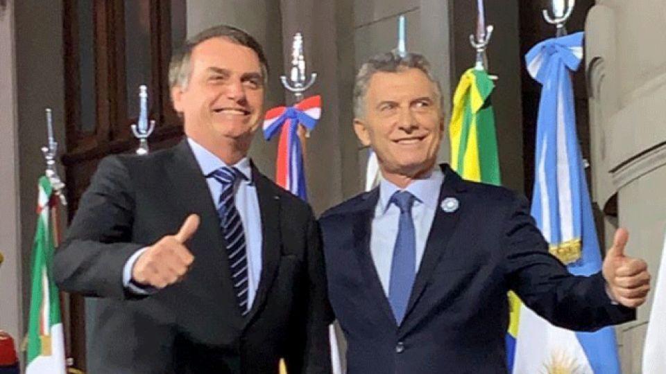 """El chiste de Macri para Bolsonaro en la Cumbre: """"No hablemos del VAR"""""""