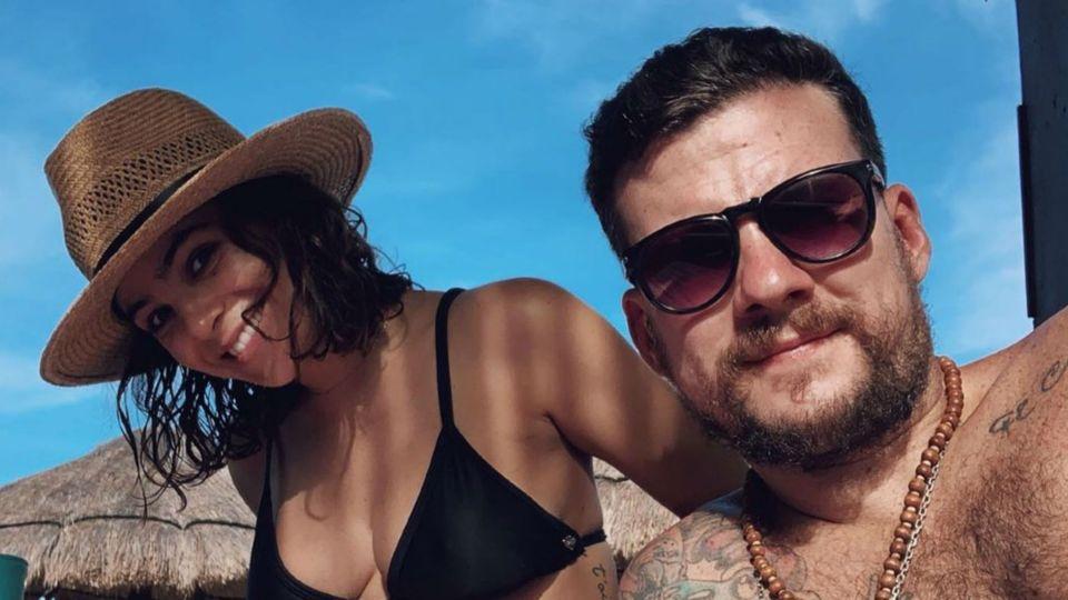 Agustina Cherri, enamoradísima con su novio en Cancún, mostró su pancita de cinco meses