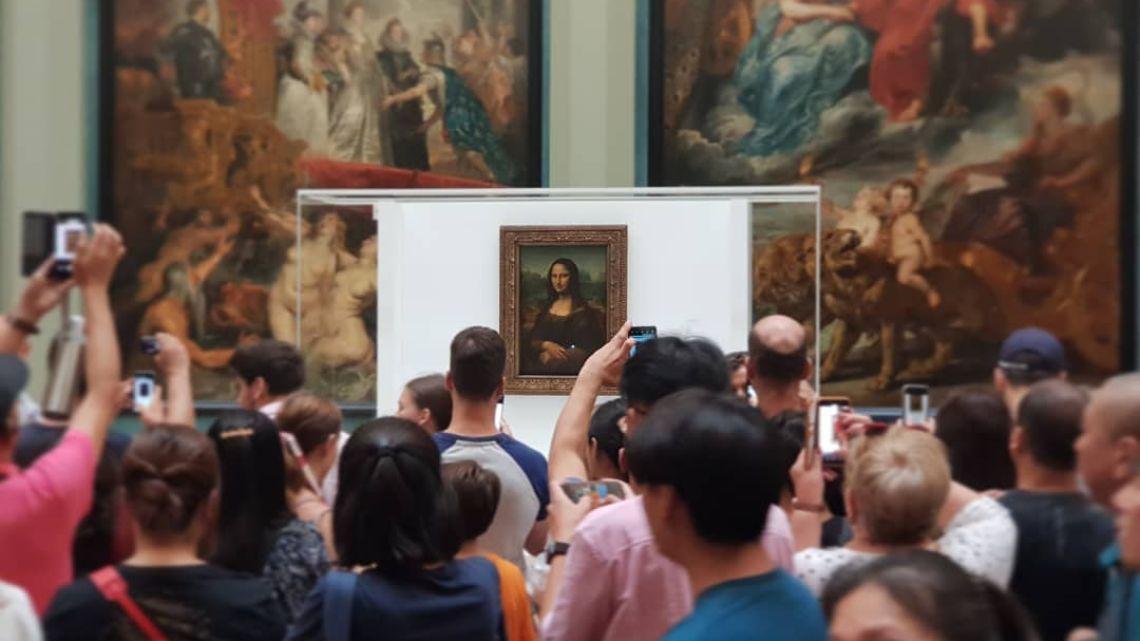 La Mona Lisa, se muda.