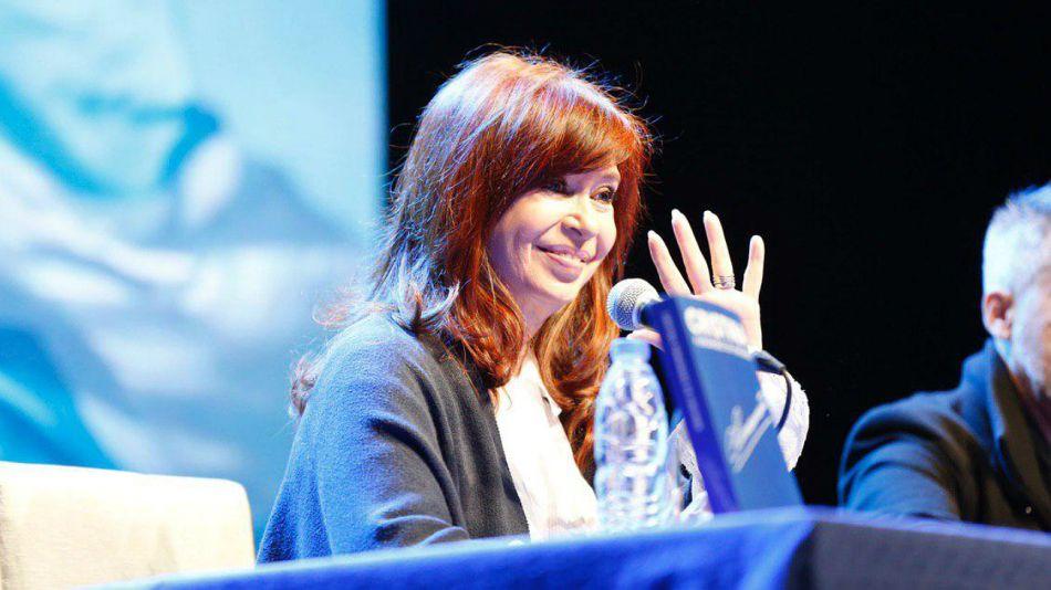 Cristina en Mar del Plata, durante la presentación del libro.