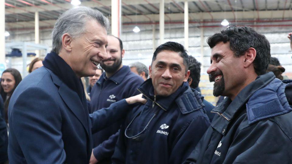 Mauricio Macri, cuando visitó la fábrica de Molinos Rio de la Plata en la provincia de Buenos Aires.