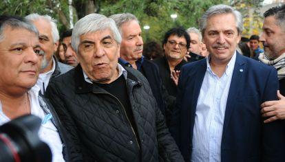Hugo Moyano y Alberto Fernández.