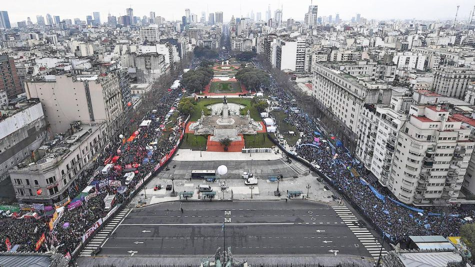 20192007_congreso_pañuelos_marcha_aborto_cedoc_g.jpg