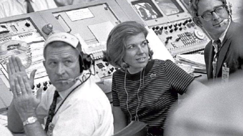 JoAnn Morgan, pionera en la NASA. La única mujer en la sala de control de la Apolo 11.