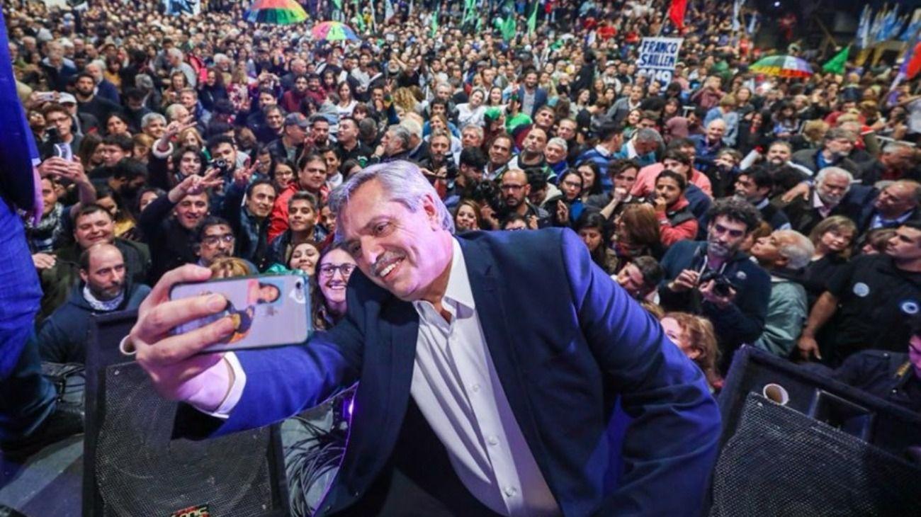 Alberto Fernández cierra la campaña del Frente de Todos en Córdoba