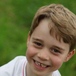 El Príncipe George celebró su sexto cumpleaños con tres nuevos retratos oficiales