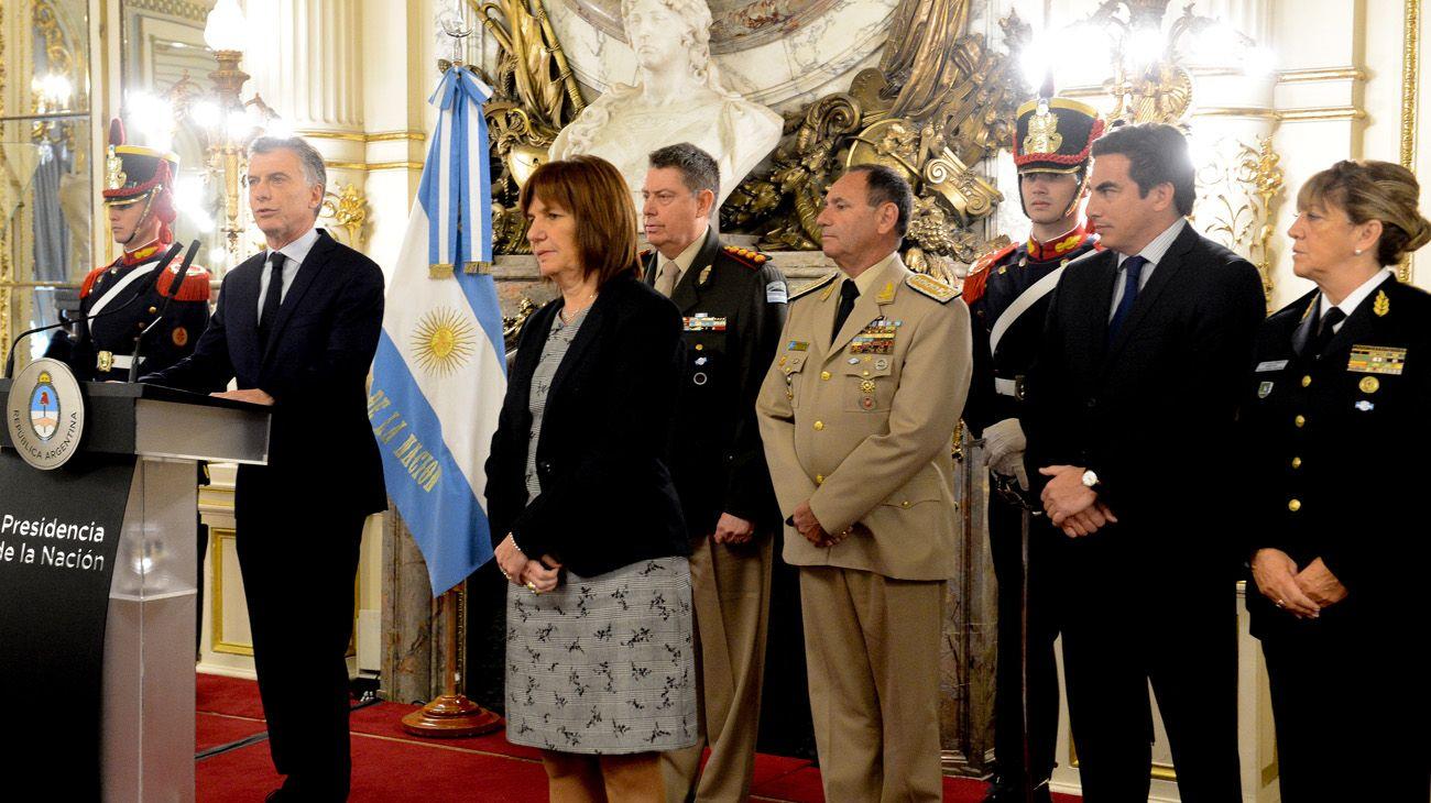 Mauricio Macri encabezó un homenaje a los integrantes de las cuatro fuerzas de seguridad.