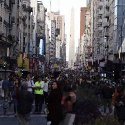 Nueva peatonal Corrientes en la Ciudad de Buenos Aires.