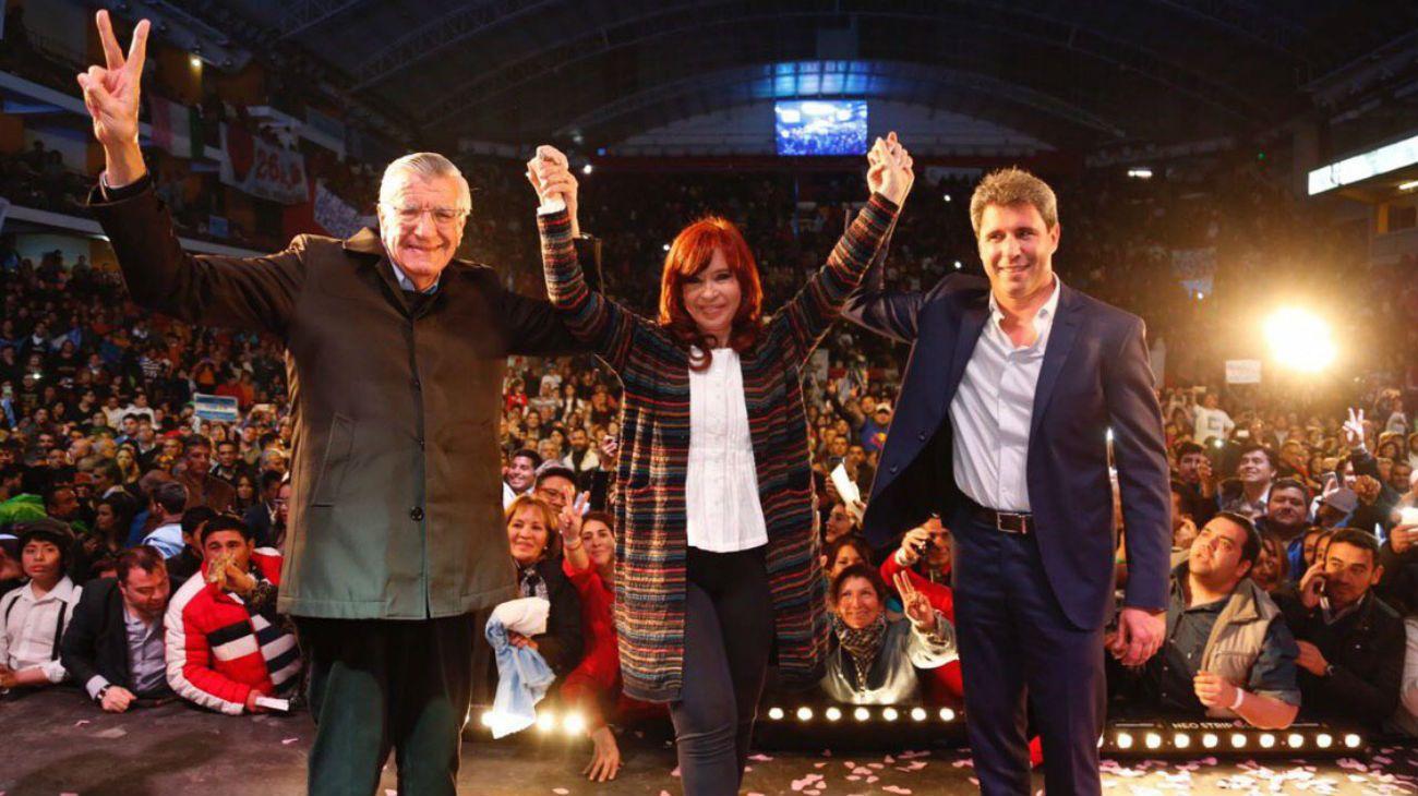 Cristina Fernández homenajeó a Eva Perón junto a José Luis Gioja y Sergio Uñac.