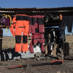 Sacarse la ropa mojada y ponerla a secar era parte de la rutina de todos los días.