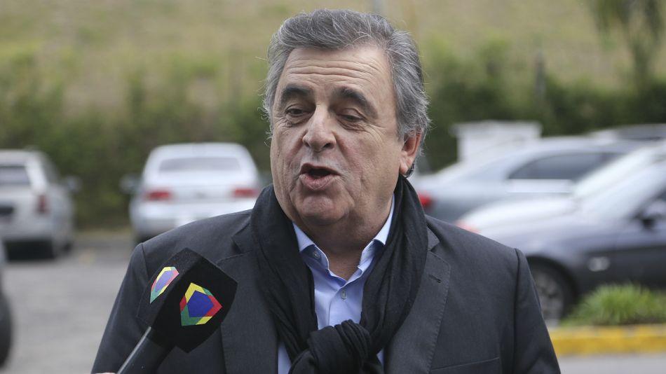 Mario Negri, contra Alberto Fernández.