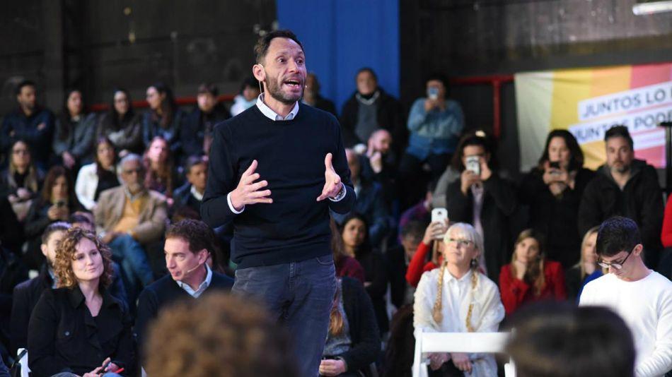 Maximiliano Ferraro, en campaña.