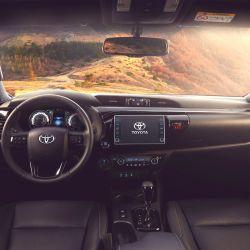 Las versiones SRX, SRV y SR de la Toyota Hilux presentan cambios en la central multimedia.