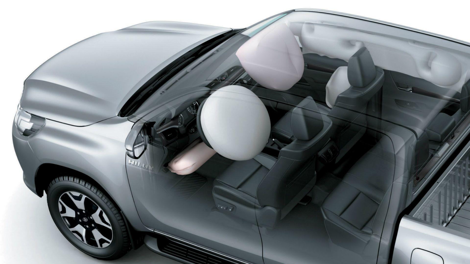 Parabrisas | Cuáles son las novedades en la gama de la Toyota Hilux