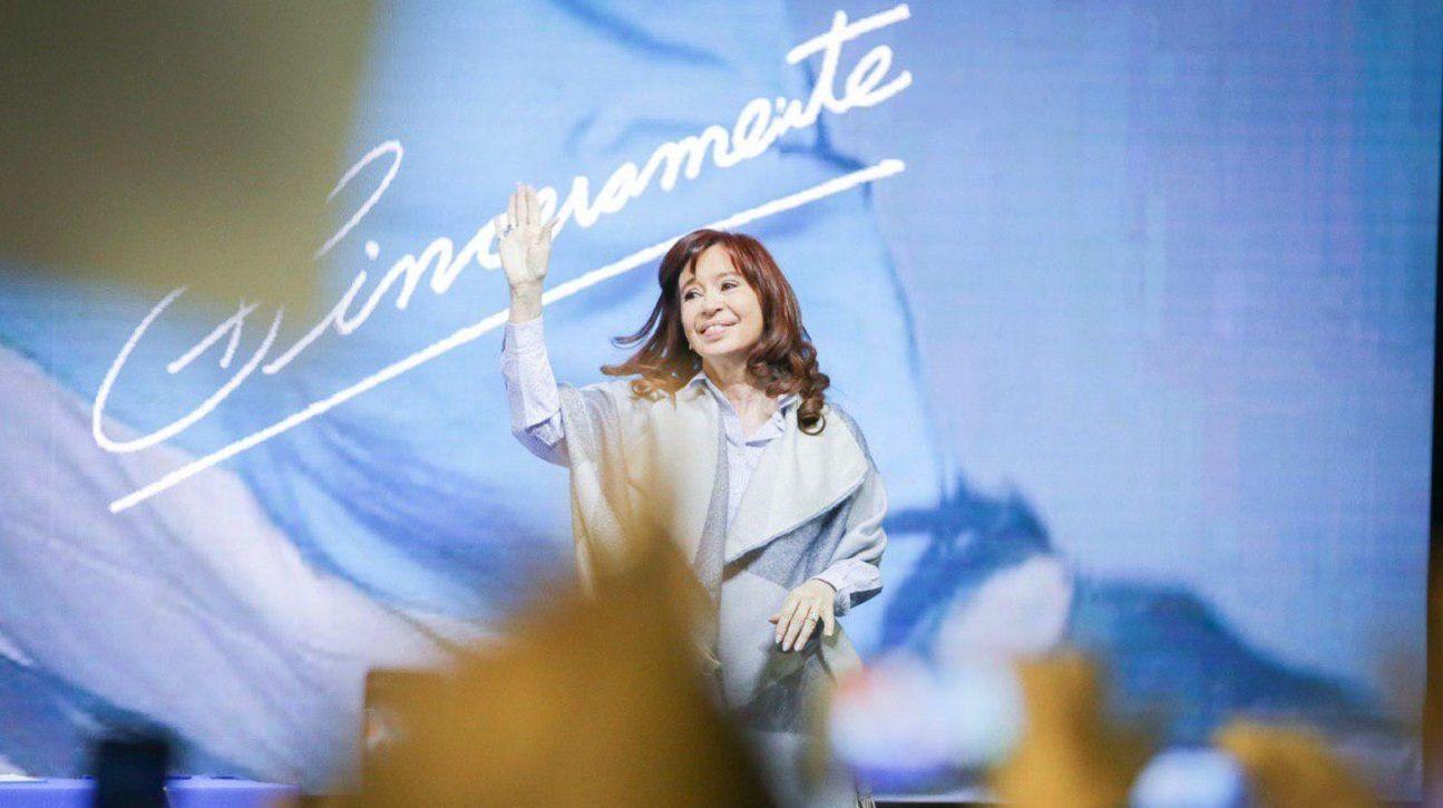 """Cristina Kirchner: """"La 125 fue el comienzo de nuestras diferencias con Alberto Fernández"""""""