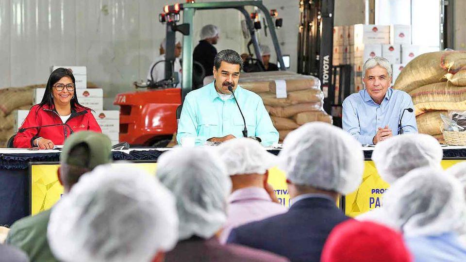 Heredero bolivariano. Maduro inauguró esta semana una fábrica de producción de cacao. Durante su gobierno se cuadruplicó la cantidad de personas con hambre en el país.