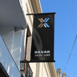 Baxar es uno de los nuevos ámbitos céntricos de La Plata. Se encuentra en en Calle 50 y Diagonal 80.