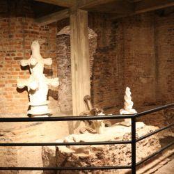 En el museo de la Catedral hay mucho material que se descartó de la restauración del edificio y de las personas que trabajaron en su construcción.