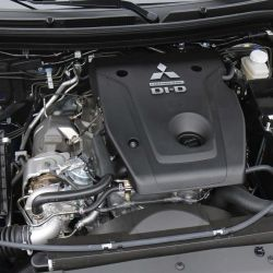 Mitsubishi L200 2.4 Di-D High Power AT 4WD