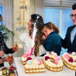 "Pampita celebró junto a Benicio los 100 programas de ""Pampita Online"""