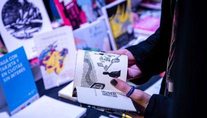 """""""Creo que hay muchos más lectores y lectoras dando vueltas, depende si hacemos bien nuestro trabajo"""", asegura Víctor Malumián, uno de los organizadores de la Feria de Editores. Foto: Gentileza Feria de Editores"""