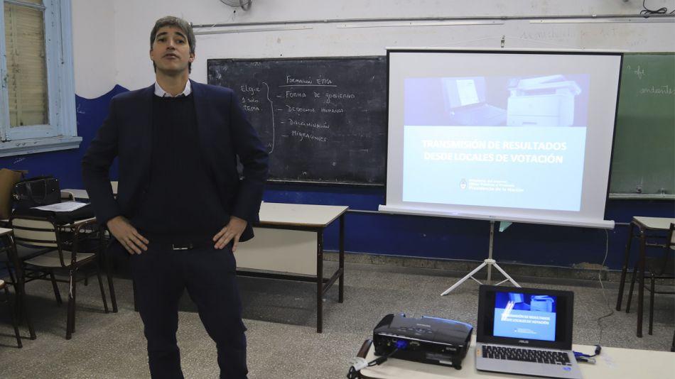 Adrián Pérez, secretario de Asuntos Politicos e Institucionales del Ministerio de Interior y Obras Publicas