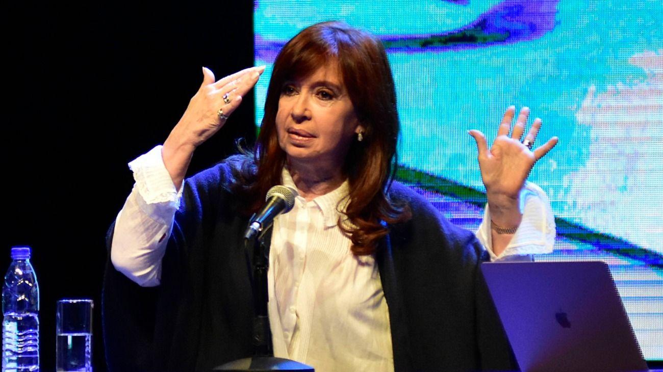 El fiscal Luciani volvió a oponerse a un viaje de Cristina Kirchner a Cuba
