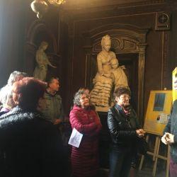 El ingreso a la iglesia está flanqueado por dos estatuas de mármol que representan a Felicitas con su hijo Félix (foto) y a Martín de Alzaga.