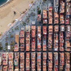 Así se ve el barrio de pescadores barcelonés desde el aire.