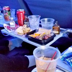Los snacks y las bebidas, en los vuelos low cost, deben sen abonados en el momento de consumirlos.