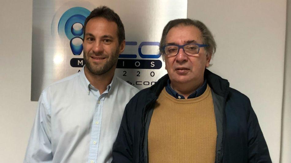"""El periodista Gabriel Levinas visitó el programa """"Voces y memorias""""."""